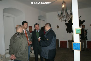 http://www.idea-society.org/data/2010/20100520g.jpg